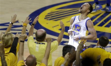 Curry and record-setting Warriors headed back to NBA Finals