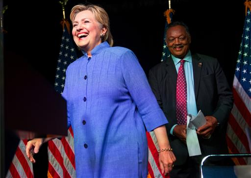 Clinton to offer debt forgiveness to young entrepreneurs