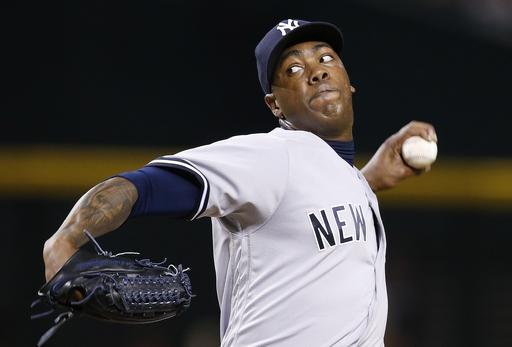 Cubs get closer Aroldis Chapman in trade with Yankees
