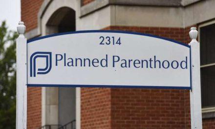 Judge blocks Ohio law to divert Planned Parenthood money