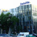 Apple partners with Deloitte in pitch to business