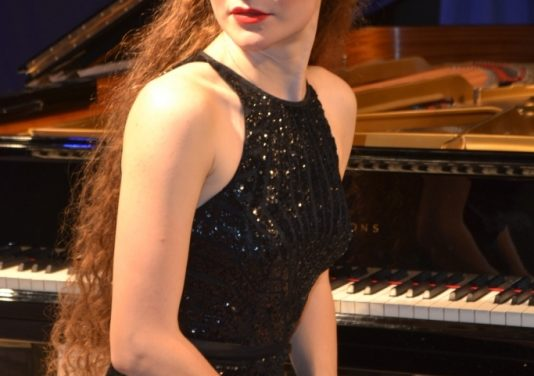 Valley Symphony Orchestra to feature Asiya Korepanova, Russian pianist on October 20