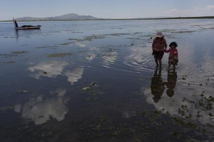 Lake Titicaca worshipped by Incans now littered with trash