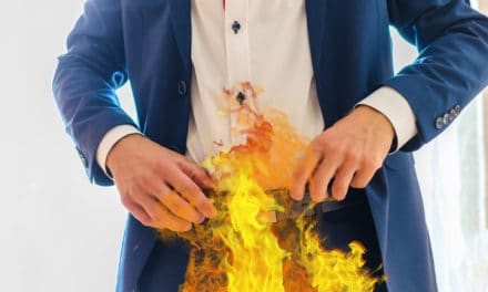Defense lawyer's pants catch fire during Arson trial in Miami