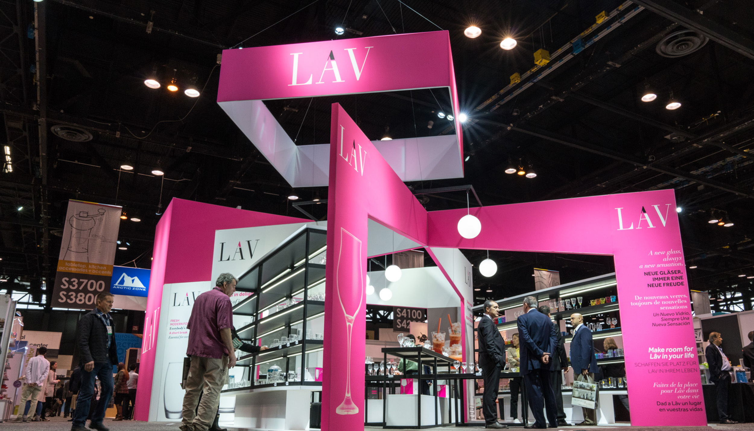 Marketing Exhibition Stand List : Exhibit booth tips to make your brand the center of… freeman