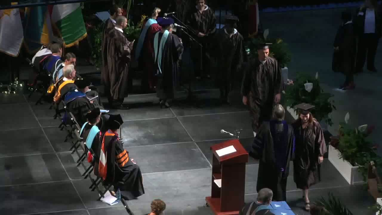 http://s3.amazonaws.com/fscj-news/videos/7440/willgraduation_alumnispotlight_lowerrez_0.jpg