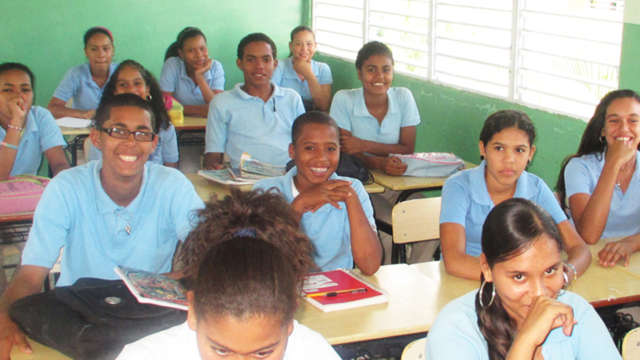 Computers for Dominican School Children