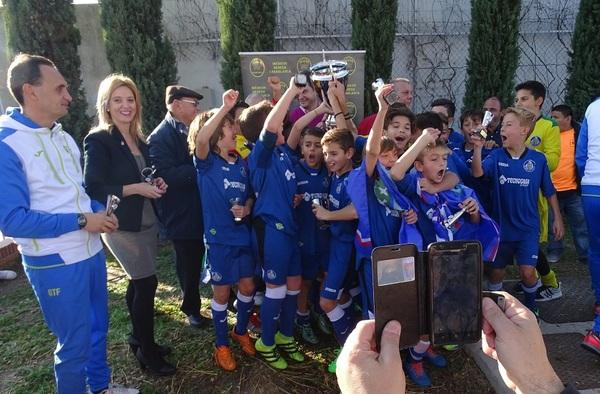 El III Torneo Alevín Dehesa Casablanca Parque Granada se lo adjudicó el Getafe CF