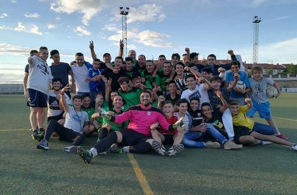El C.D. Valdetorres lograba ascender a Segunda Regional en el último partido de liga (Temporada 2016/17)
