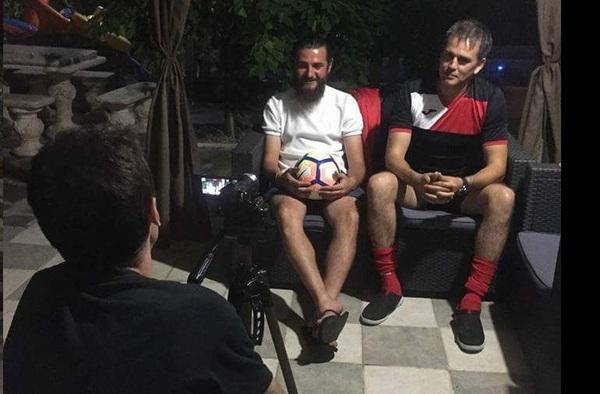 Vídeo entrevista realizada por Fútbol Modesto Madrid a Andrei Madalin y Pablo Rodríguez, entrenadores del Atlético Artilleros - Temporada 2017/18