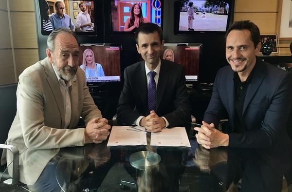 Histórico acuerdo entre Telemadrid y la Real Federación de Fútbol de Madrid para la retransmisión de partidos de Segunda B