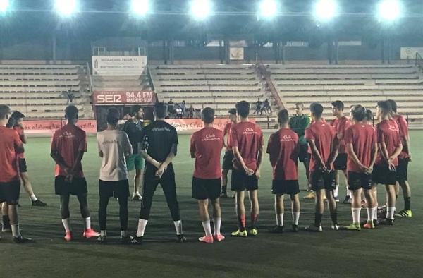 Cambio en el banquillo del Juvenil Nacional del Atlético de Pinto, Alejandro Sageras sustituye a Félix Baños