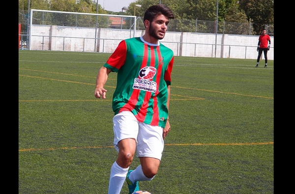 Susto en La Fortuna, el jugador Dani Calderas sería trasladado al hospital tras un choque fortuito