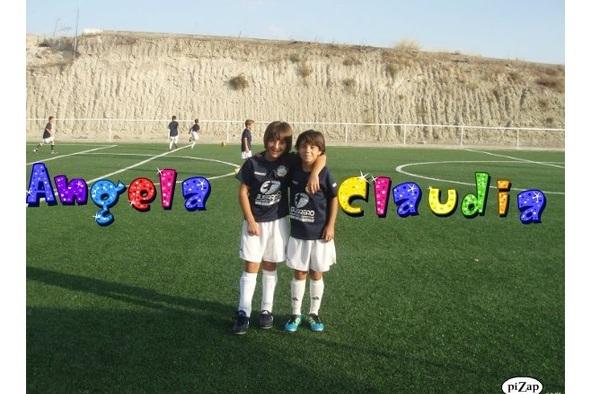 Ángela y Claudia, jugadoras del Fútbol Base Ciempozuelos Alevín, seleccionadas por la Selección Madrileña Sub-12 Femenina