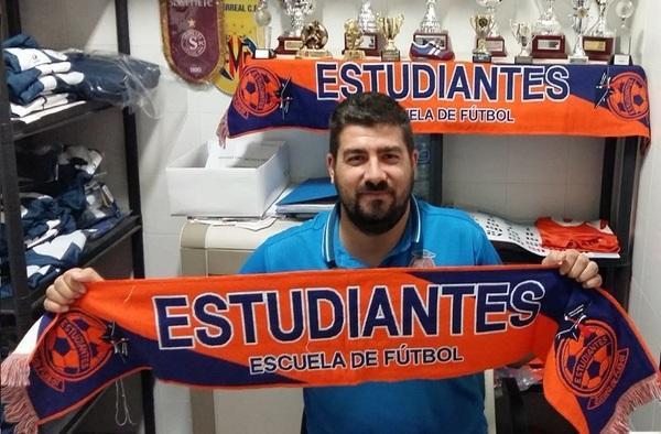 Manu Guzmán, tercera temporada entrenando al E.F. Estudiantes de Alcorcón