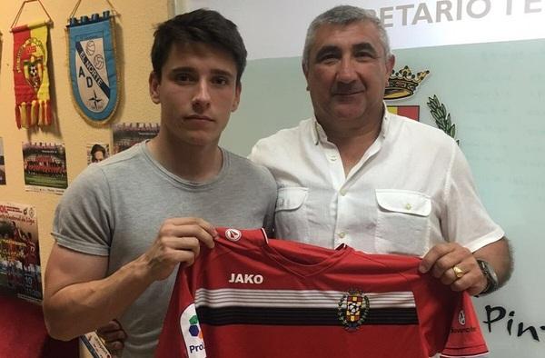 Raúl Pérez llega al Atlético de Pinto para reforzar su delantera