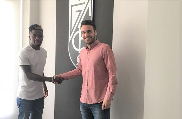 """Ernesten Lavsamba """"Samba"""", otro canterano de la AC Intersoccer Madrid que se asoma al fútbol profesional"""