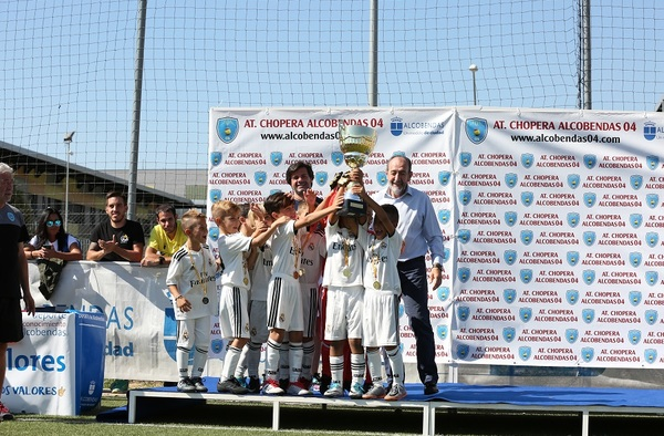 Éxito total en el 4ª Torneo Alcobendas Futuro organizado por el At. Chopera Alcobendas 04