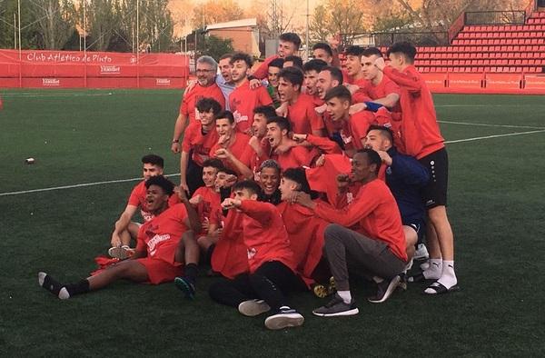 """El Juvenil """"A"""" del Atlético de Pinto logra el ascenso a División de Honor por primera vez en su historia"""