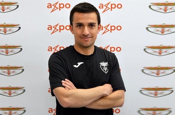 El técnico Roberto Sánchez, renueva por el Real Axpo Carabanchel para la temporada 2019-2020