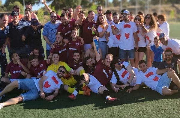 El C.D. Aluche Bull´s logra el merecido ascenso a Segunda Regional tras ganar a Las Encinas de Boadilla