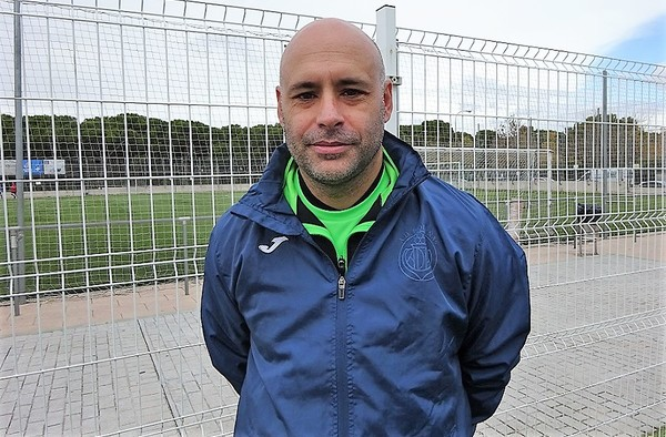 Entrevista a Juanmi Oliva, entrenador del A.D. Piqueñas  (Temporada 2019/20)