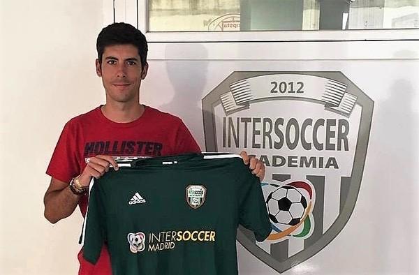 Carlos Cura deja el banquillo del AC Intersoccer para entrenar al C.D. Ursaria