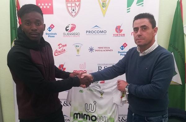 El delantero nigeriano Sodiq Mustapha firma por el C.P. Parla Escuela