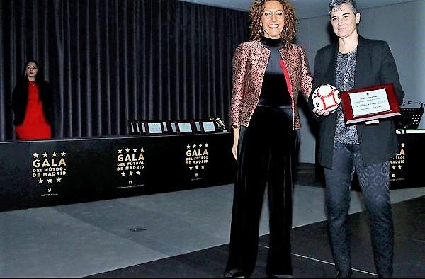 En la XXXI Gala del Fútbol de Madrid se premió al Atlético de Madrid femenino por los buenos resultados obtenidos en las distintas categorías