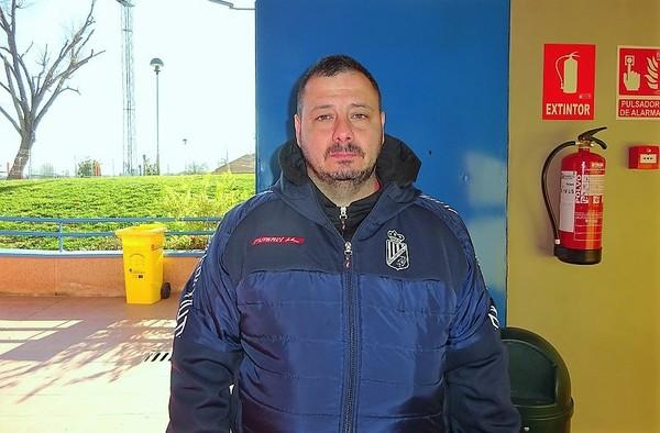 Entrevista a Roberto Díaz, entrenador del AD Unión Carrascal  (Temporada 2019/20)