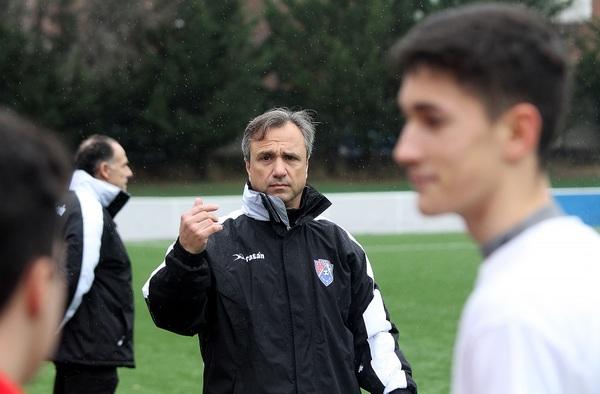"""Luis Urías, entrenador del Cadete """"A"""" de la EDM San Blas - Temporada 2019/20"""