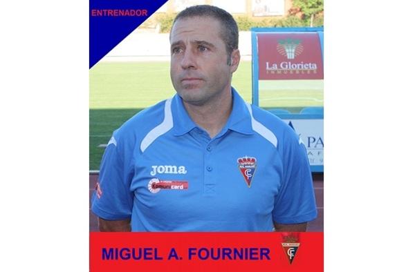 Miguel Ángel Fournier sustituye a Curro Hernández como entrenador del Real Aranjuez