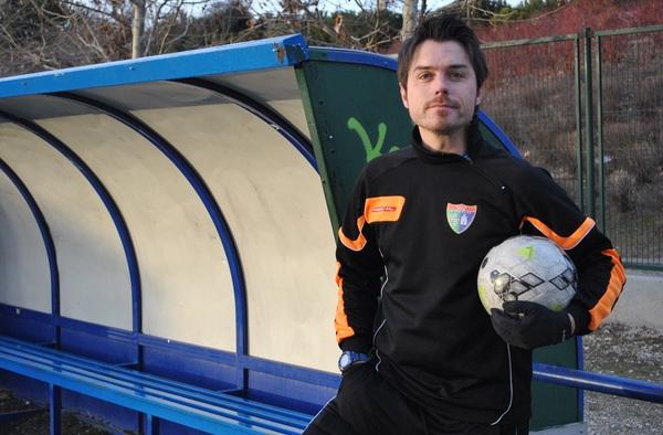 """Entrevista a Rubén Bermejo, entrenador del Juvenil """"E"""" de la E.D. Moratalaz"""