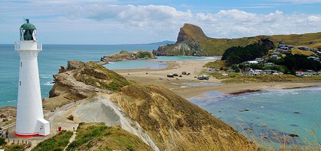 Lighthouse_New Zealand_Staff Photo_Brittany Everett_640x300px