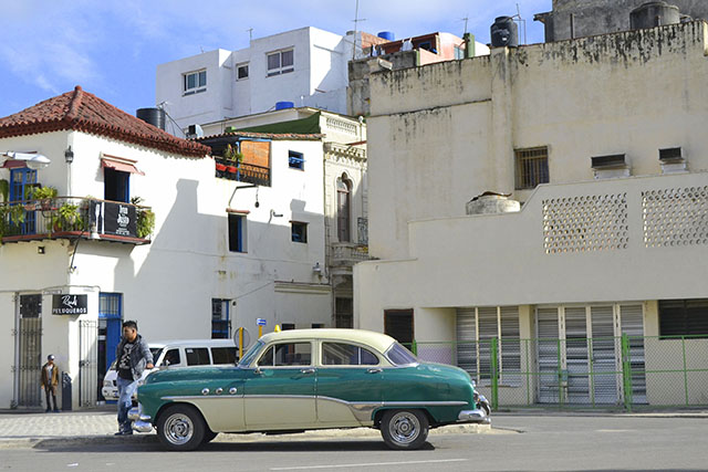 Traveler Amy on tour in Cuba