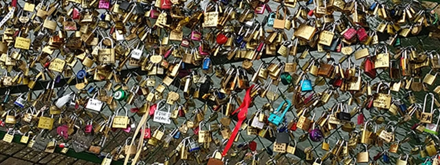 Love locks bridge in Paris, France