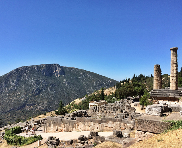 delphi_sanctuary of apollo_7