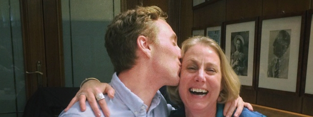 Tour Consultant Kyle surprises his mom on tour