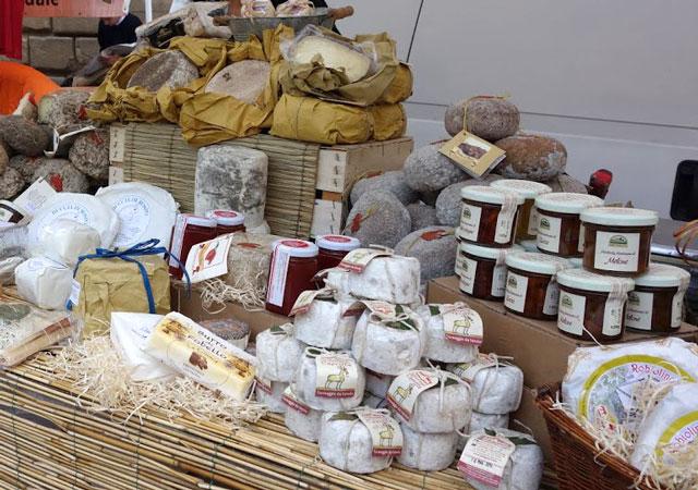 Italy farmers' market cheese