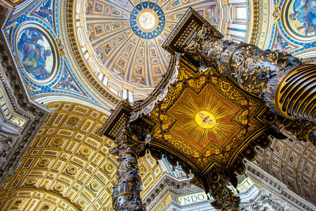 Altar canopy St Peters Basilica