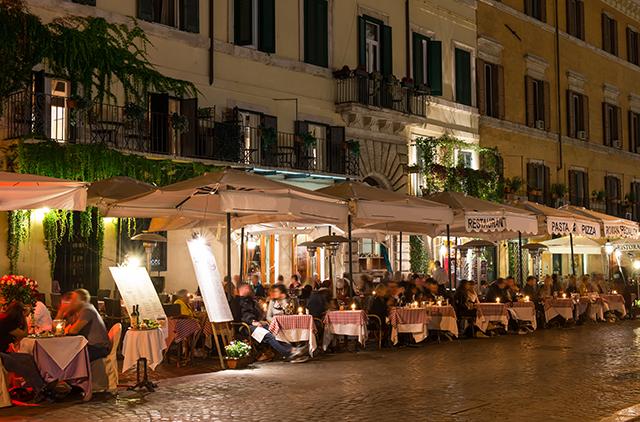 Italy has many types of restaurants