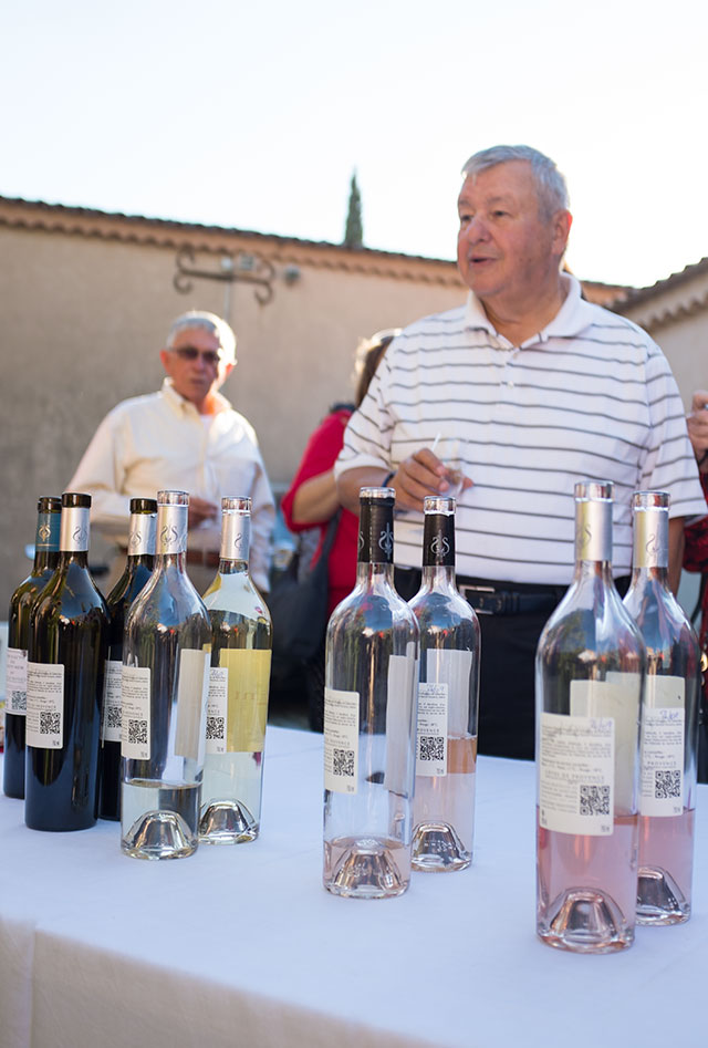 Explaining the various wines during the Provencal Dinner & Wine Tasting in France