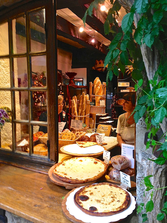 Bakery-Perouges-France