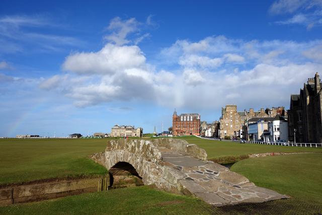Swilcan Bridge, St Andrews Old Course, Scotland Golf