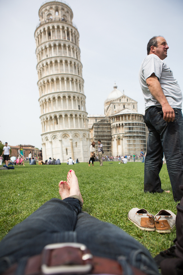 relaxing-at-the-leaning-tower-of-Pisa-by-Dominic-Casserly