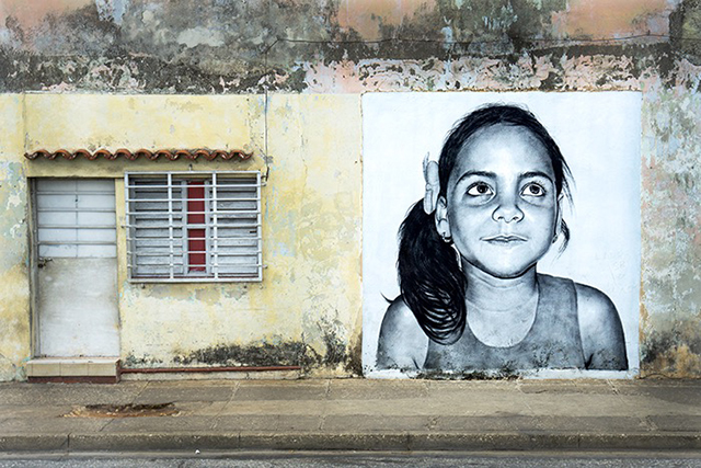 painting-of-children-on-building-walls-all-over-havana_stephen-parker_640px