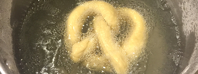 boiling pretzel