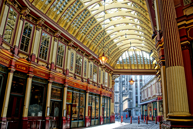 london-pub_640px