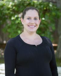team-200×250-Lauren-Klimkiewicz,-PT-Director-of-Rehab