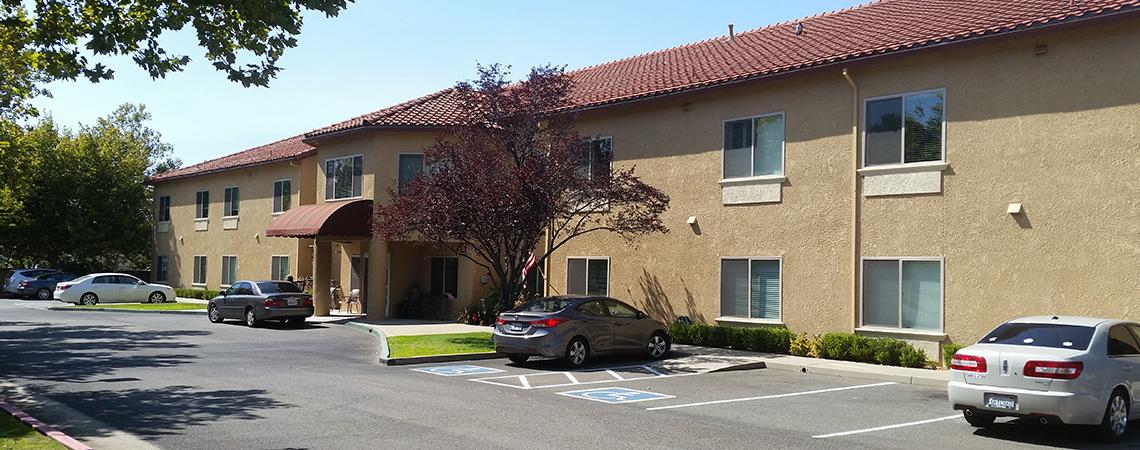 Gladding Ridge community with plenty of parking